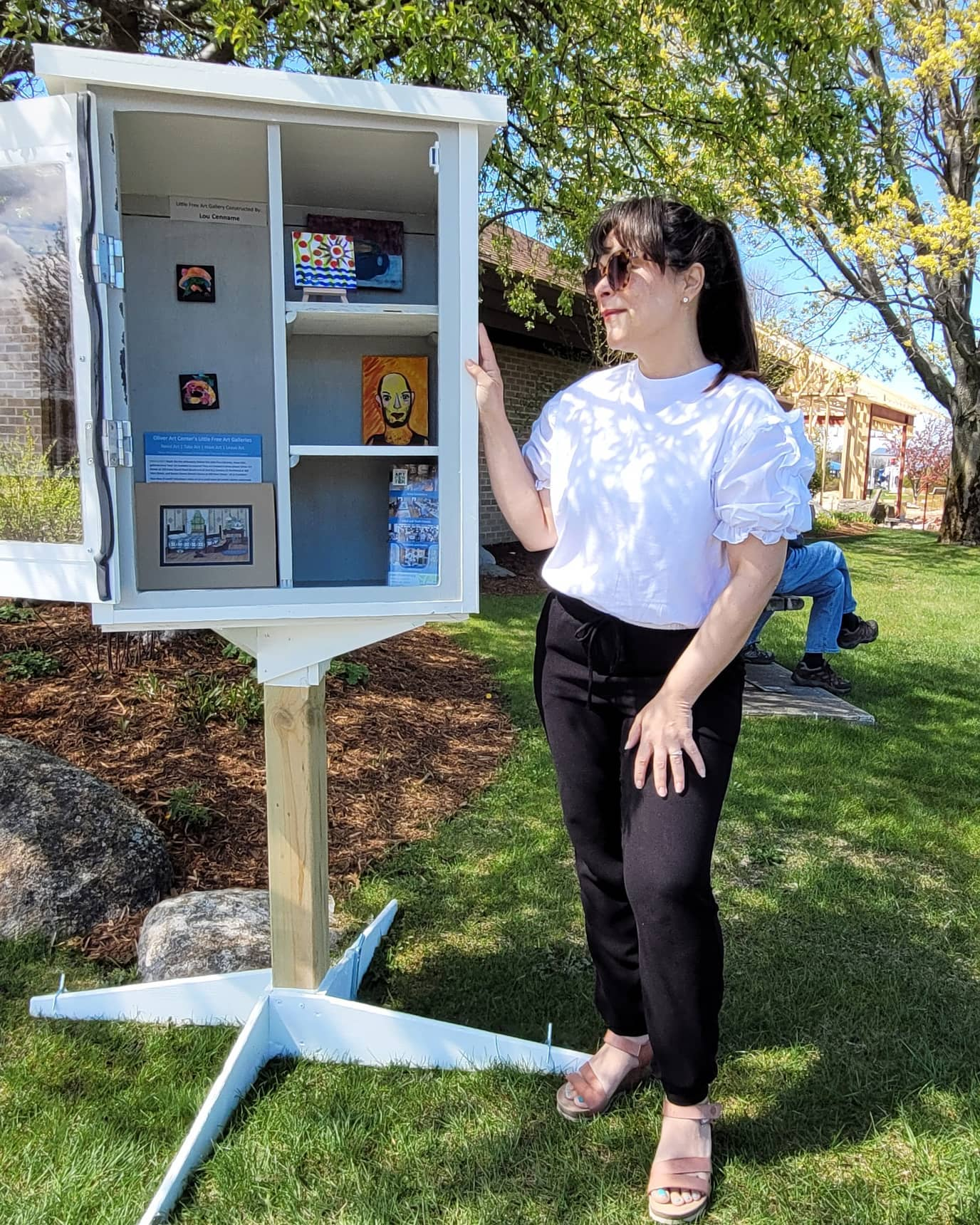 Oliver Arts Launches Little Free Art Galleries in Benzie County